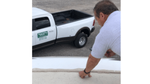 Checking rv front cap seal - david cantrell - miles from monday rv inspections 640 x 360