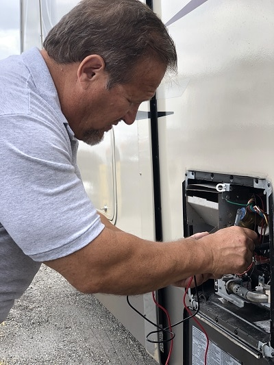 Running diagnostics on rv water heater - david cantrell - miles from monday rv inspections